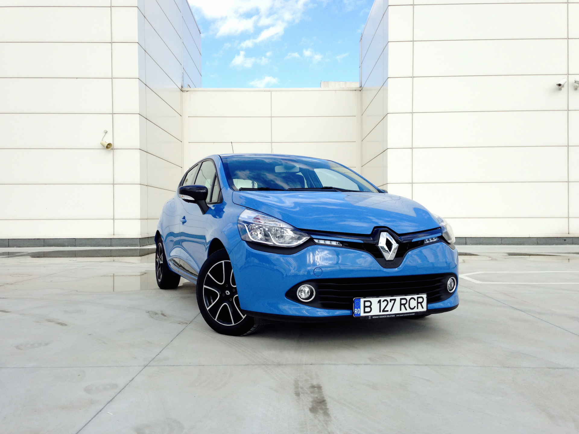 renault clio tce 120 edc acceleration. Black Bedroom Furniture Sets. Home Design Ideas