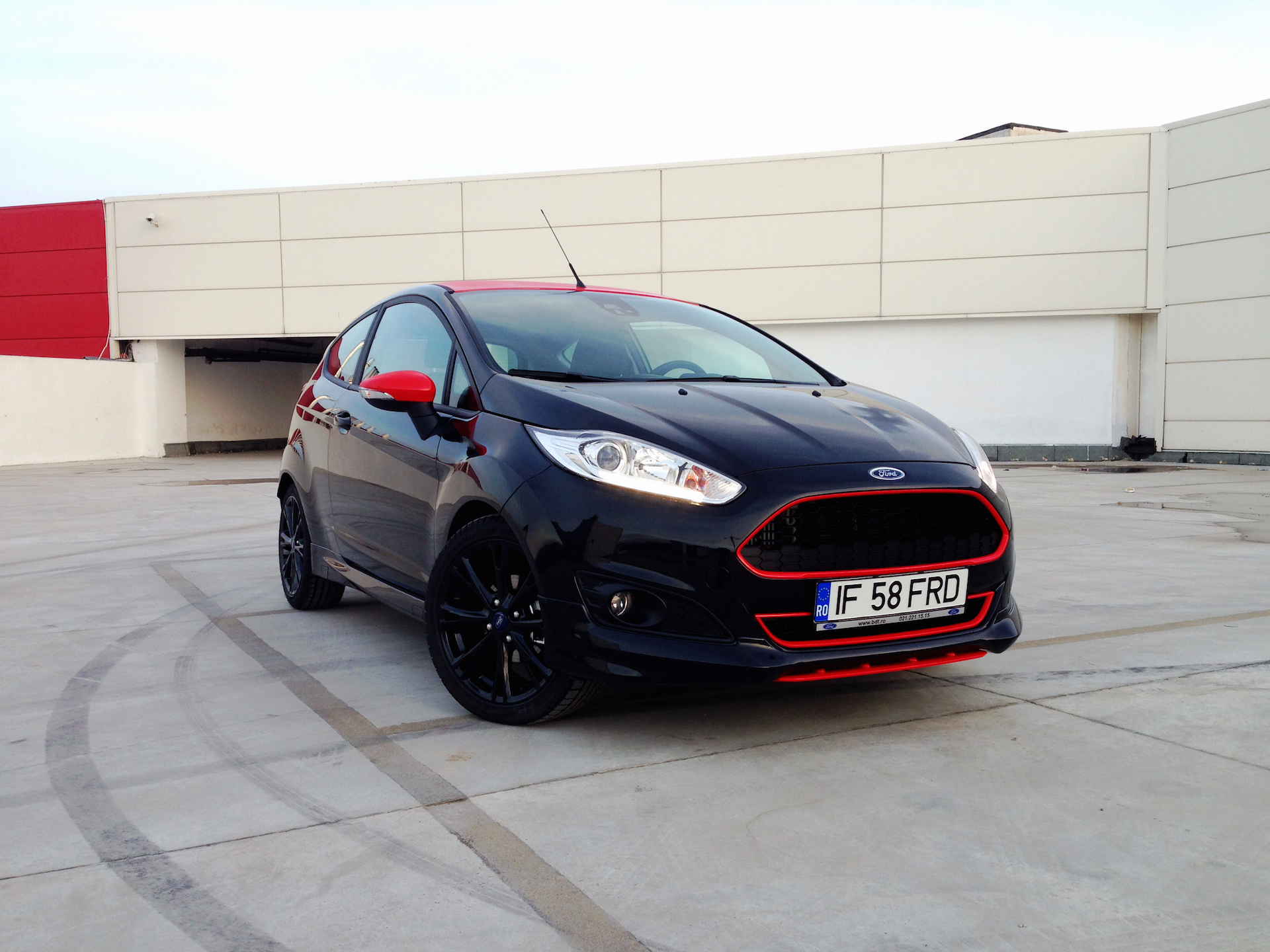 ford fiesta black edition acceleration. Black Bedroom Furniture Sets. Home Design Ideas