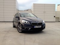 BMW 220d xDrive Grand Tourer (2015)
