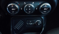 Jeep Renegade 1.6 MultiJet 120 (source - ThrottleChannel.com) 24