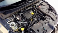 Renault Megane dCi 130 2106 (source - ThrottleChannel.com) 08