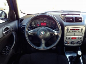 Alfa Romeo 147 1.6 TWINSPARK (source - ThrottleChannel.com) 14