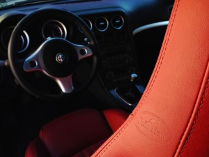 Alfa Romeo Brera 2.2 JTS (source - ThrottleChannel.com) 17