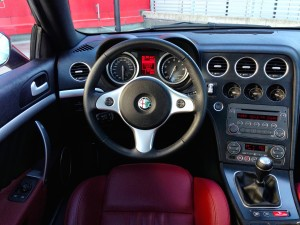 Alfa Romeo Brera 2.2 JTS (source - ThrottleChannel.com) 22