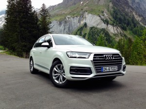Audi Q7 3.0 TDI quattro (source - ThrottleChannel.com) 01