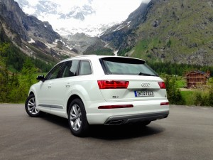 Audi Q7 3.0 TDI quattro (source - ThrottleChannel.com) 10