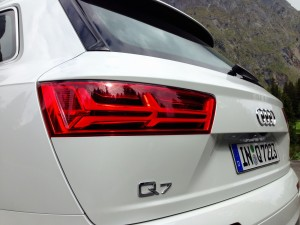Audi Q7 3.0 TDI quattro (source - ThrottleChannel.com) 11