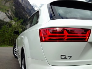 Audi Q7 3.0 TDI quattro (source - ThrottleChannel.com) 13