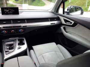 Audi Q7 3.0 TDI quattro (source - ThrottleChannel.com) 20