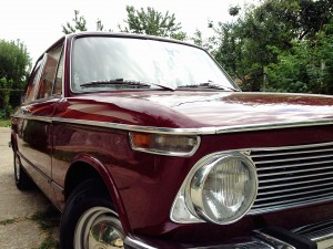 BMW 1602 (source - ThrottleChannel.com) 04