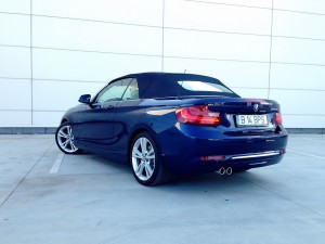 BMW 220d Convertible (source - ThrottleChannel.com) 08