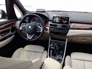 BMW 220d Grand Tourer (source - ThrottleChannel.com) 10