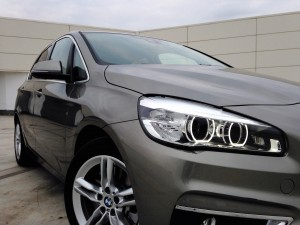 BMW 225i Active Tourer (source - ThrottleChannel.com) 03