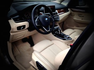 BMW 225i Active Tourer (source - ThrottleChannel.com) 23