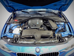 BMW 320d xDrive Sedan (source - ThrottleChannel.com) 04