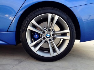 BMW 320d xDrive Sedan (source - ThrottleChannel.com) 09
