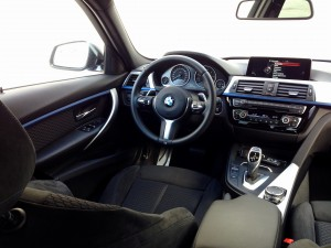 BMW 320d xDrive Sedan (source - ThrottleChannel.com) 13