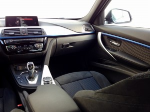 BMW 320d xDrive Sedan (source - ThrottleChannel.com) 14
