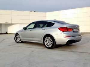 BMW 530d xDrive Gran Turismo (source - ThrottleChannel.com) 31