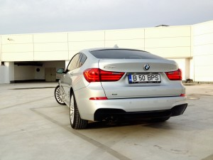 BMW 530d xDrive Gran Turismo (source - ThrottleChannel.com) 32