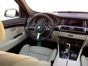 BMW 530d xDrive Gran Turismo (source - ThrottleChannel.com) 46