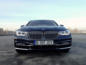 BMW 730d xDrive (source - ThrottleChannel.com) 02