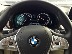 BMW 730d xDrive (source - ThrottleChannel.com) 25