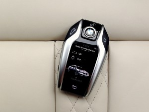 BMW 730d xDrive (source - ThrottleChannel.com) 42