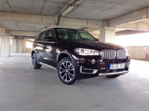 BMW X5 3.0d xDrive (source - ThrottleChannel.com) 01