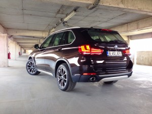 BMW X5 3.0d xDrive (source - ThrottleChannel.com) 03