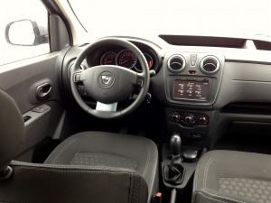 Dacia Dokker 1.5 dCi 90 (source - ThrottleChannel.com) 32