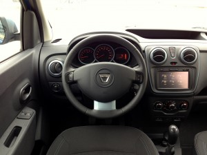 Dacia Dokker 1.5 dCi 90 (source - ThrottleChannel.com) 35