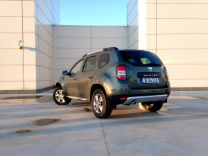 dacia duster 1 5 dci 4wd acceleration. Black Bedroom Furniture Sets. Home Design Ideas
