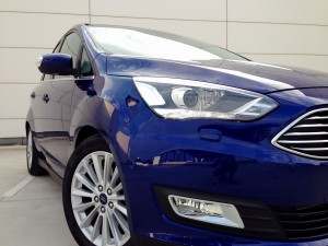 Ford C-MAX 2.0 TDCi 150 PowerShift (source - ThrottleChannel.com) 03