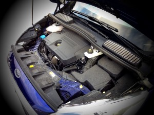 Ford C-MAX 2.0 TDCi 150 PowerShift (source - ThrottleChannel.com) 07