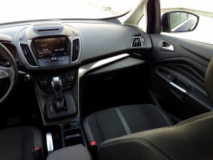 Ford C-MAX 2.0 TDCi 150 PowerShift (source - ThrottleChannel.com) 15
