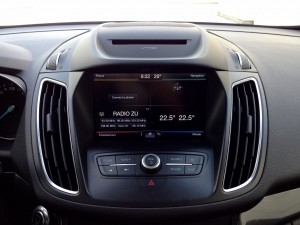 Ford C-MAX 2.0 TDCi 150 PowerShift (source - ThrottleChannel.com) 21