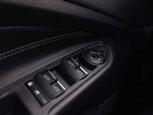 Ford C-MAX 2.0 TDCi 150 PowerShift (source - ThrottleChannel.com) 30