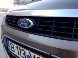 Ford Focus CC 2.0 TDCi (source - ThrottleChannel.com) 16