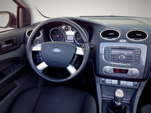 Ford Focus CC 2.0 TDCi (source - ThrottleChannel.com) 31