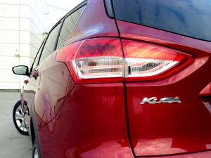 Ford Kuga 2.0 TDCi (source - ThrottleChannel.com) 13