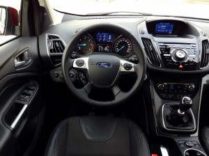 Ford Kuga 2.0 TDCi (source - ThrottleChannel.com) 18