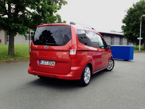 Ford Tourneo Courier (source - ThrottleChannel.com) 004