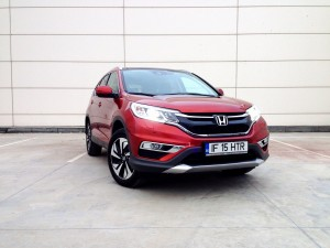 Honda CR-V FL AT9 (source - ThrottleChannel.com) 01