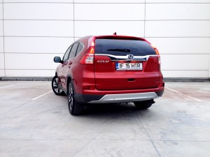 Honda CR-V FL AT9 (source - ThrottleChannel.com) 03
