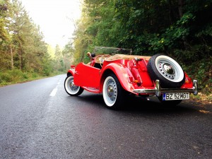MG TD 1952 (source - ThrottleChannel.com) 03