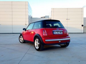 MINI Cooper (source - ThrottleChannel.com) 05