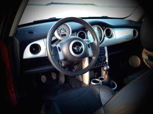 MINI Cooper (source - ThrottleChannel.com) 20