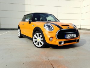 MINI Cooper S (source - ThrottleChannel.com) 001