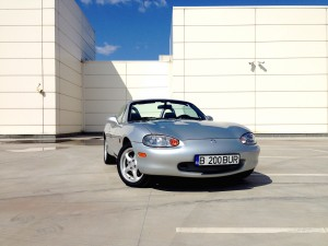 Mazda MX-5 (source - ThrottleChannel.com) 01